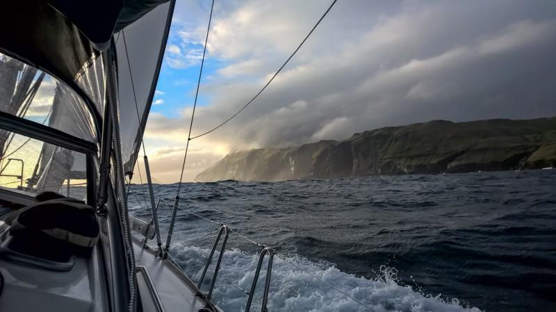 Faroe-iceland
