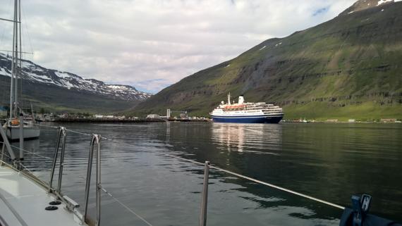 Island blogg-1